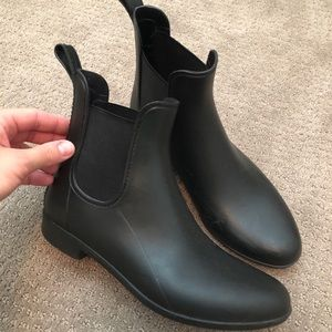 J Crew Chelsea rain boot in black